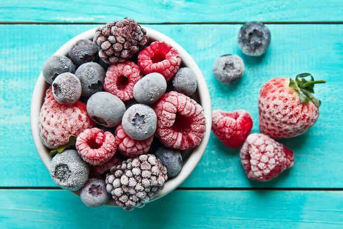Как сохранить свойства ягод при замораживании: Полезные советы