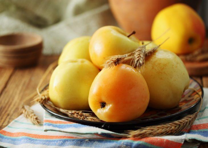 Рецепт сиропа из яблок с болгарским перцем на зиму